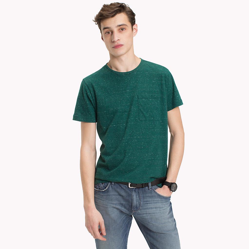 Tommy Hilfiger - T-Shirt mit aufgesetzter Tasche - 1