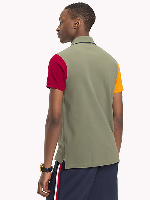 TOMMY HILFIGER Polo coupe slim colour-block - FOUR LEAF CLOVER / MULTI - TOMMY HILFIGER Vetements - image détaillée 1