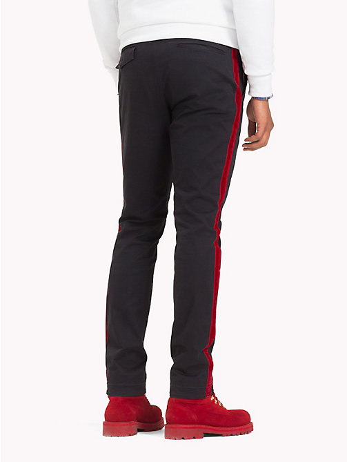 TOMMY HILFIGER Chino jambe droite Lewis Hamilton - JET BLACK - TOMMY HILFIGER TOMMYXLEWIS - image détaillée 1