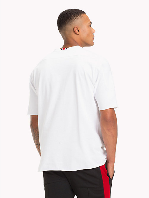 TOMMY HILFIGER Lewis Hamilton 85 Logo T-Shirt - BRIGHT WHITE - TOMMY HILFIGER TOMMY NOW MEN - detail image 1