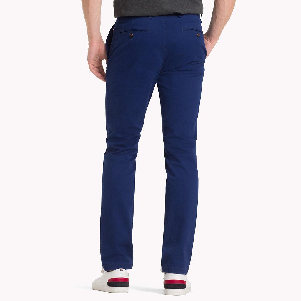Tommy Hilfiger - Pantalón chino de algodón elástico y corte recto - 2