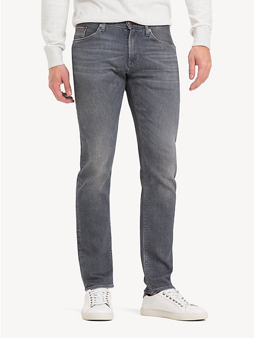 НОВИНКА TOMMY HILFIGER Джинсы Bleecker с технологией TH Flex - CUSTER GREY  - TOMMY HILFIGER Облегающие ... f3e62694fbe