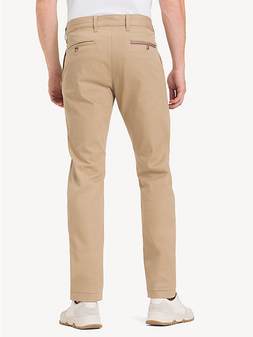 TOMMY HILFIGER Relaxed Fit Stretch Chinos - CLEAN BEIGE - TOMMY HILFIGER Regular-Fit Jeans - detail image 1