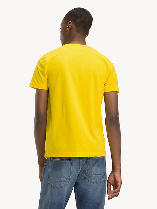 TOMMY HILFIGER Signatur-T-Shirt aus Bio-Baumwolle - EMPIRE YELLOW - TOMMY HILFIGER Sustainable Evolution - main image 1