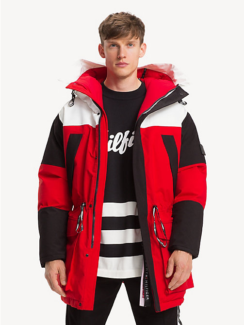 TOMMY HILFIGER Colour-Blocked Parka - GOJI BERRY - TOMMY HILFIGER Parka Coats - main image