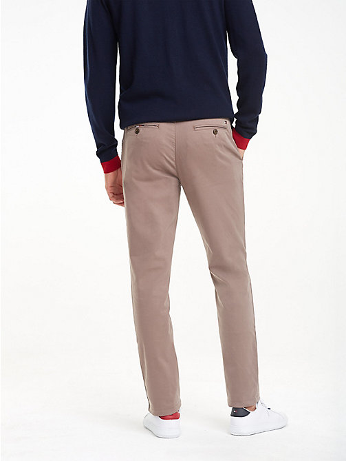 TOMMY HILFIGER TH Flex Chinos - WALNUT - TOMMY HILFIGER NEW IN - detail image 1