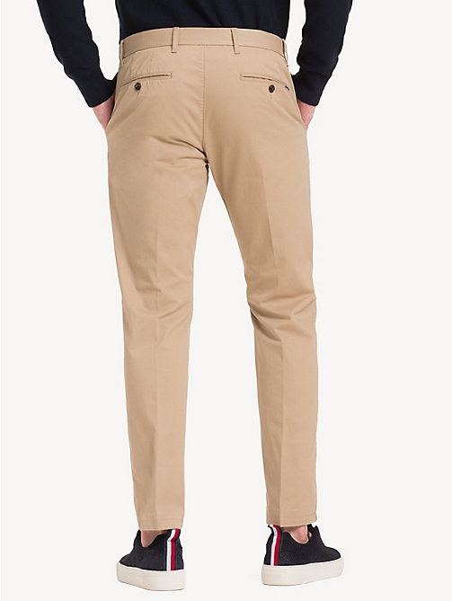 TOMMY HILFIGER Fitted Stretch Cotton Chinos - BATIQUE KHAKI - TOMMY HILFIGER Chinos - detail image 1