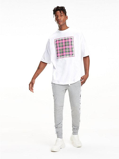 b9040e371d1c TOMMY HILFIGERLewis Hamilton Check Bandana Appliqué T-Shirt