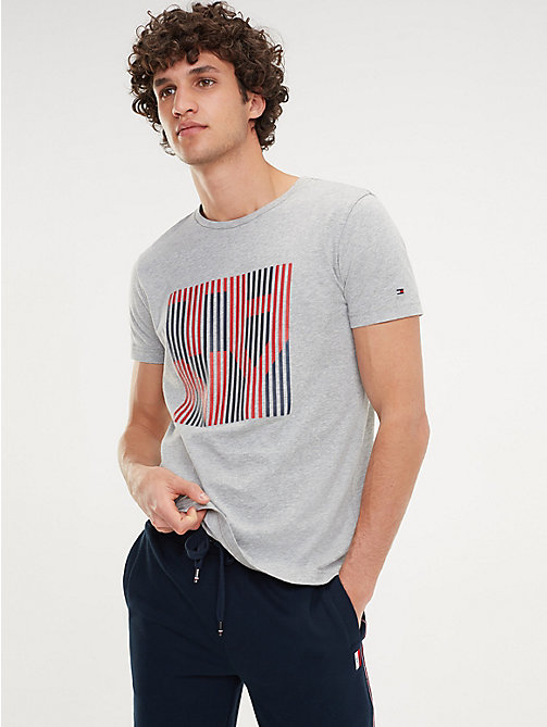e01c10ff Men's T-Shirts | Summer T-Shirts for Men | Tommy Hilfiger® UK