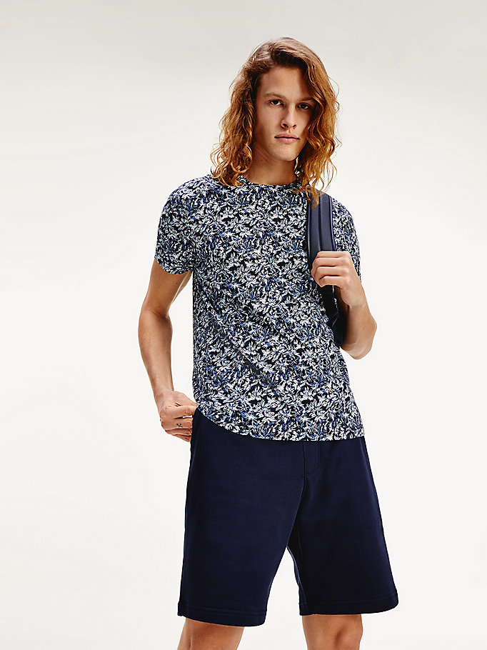 blue leaf print organic cotton t-shirt for men tommy hilfiger