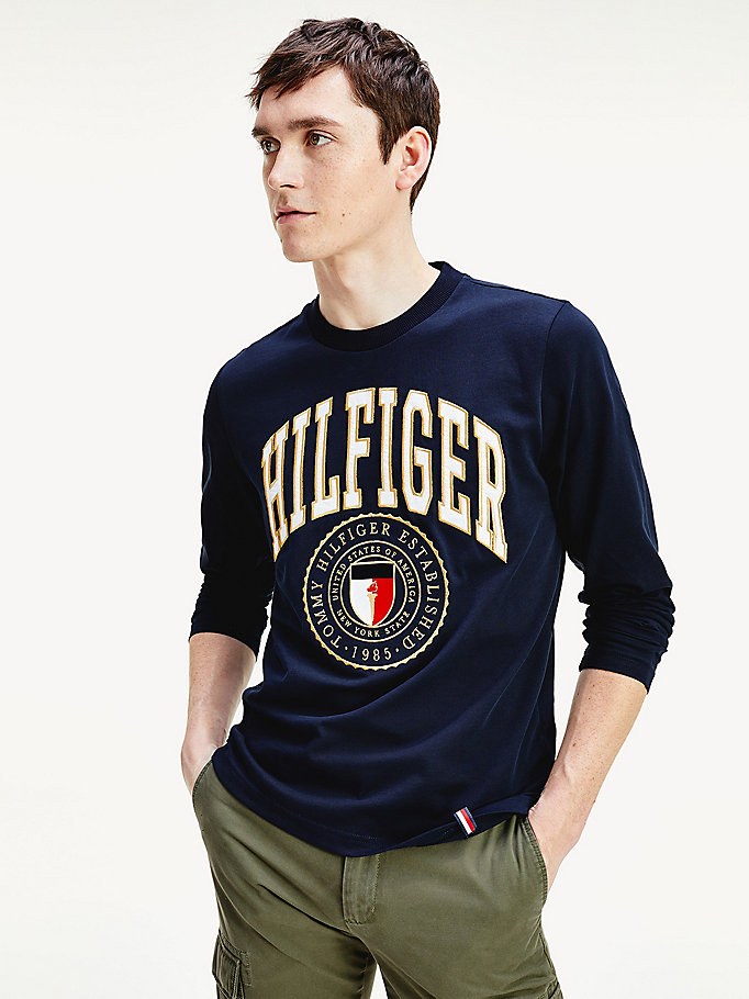 blue shield logo organic cotton long-sleeved t-shirt for men tommy hilfiger