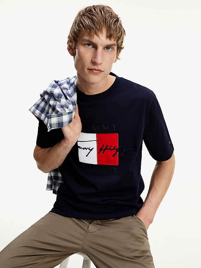 blue signature logo relaxed fit t-shirt for men tommy hilfiger