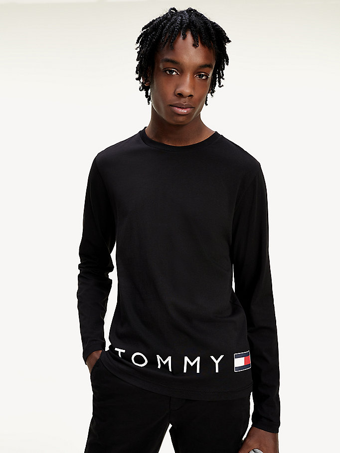 black long sleeve organic cotton logo t-shirt for men tommy hilfiger