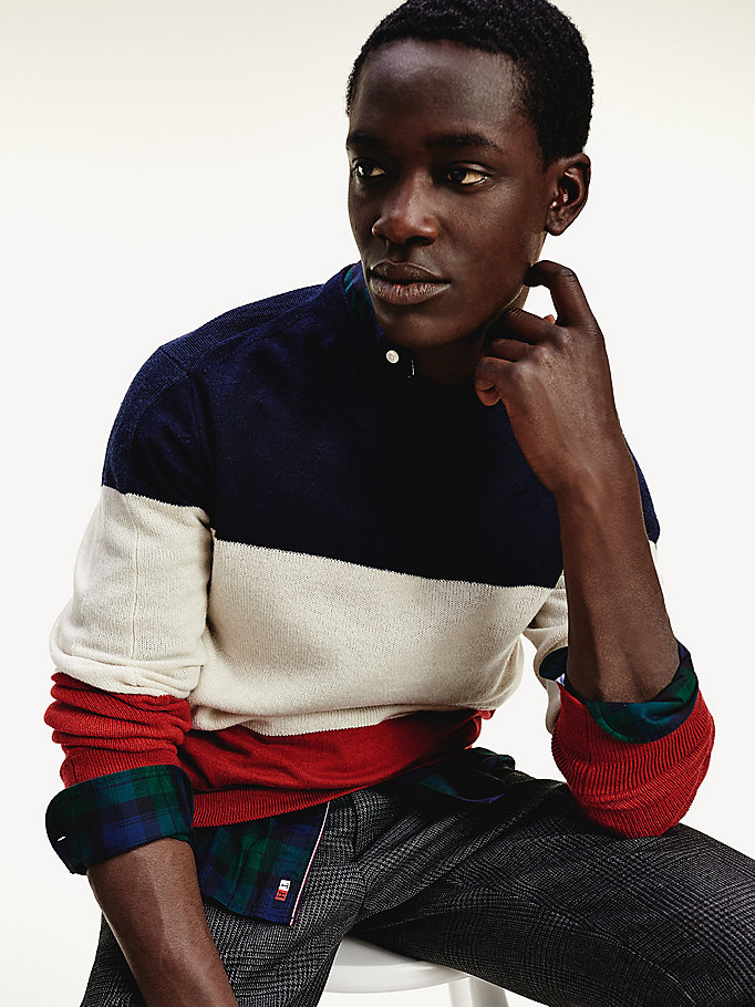 red colour-blocked crew neck jumper for men tommy hilfiger