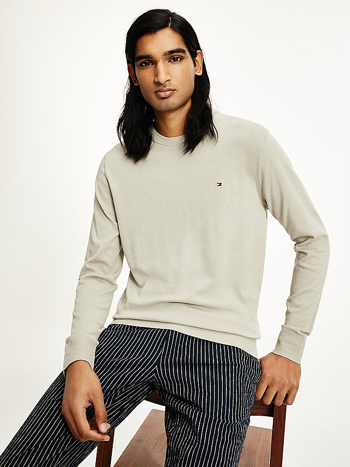 beige organic cotton fine-knit crew neck jumper for men tommy hilfiger
