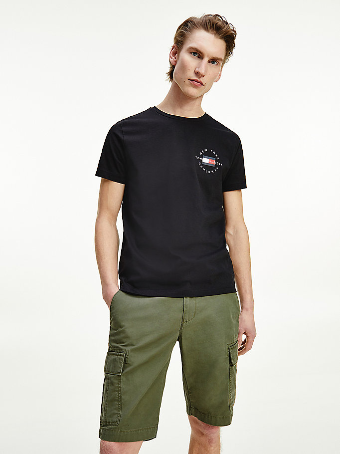 black organic cotton circle logo t-shirt for men tommy hilfiger