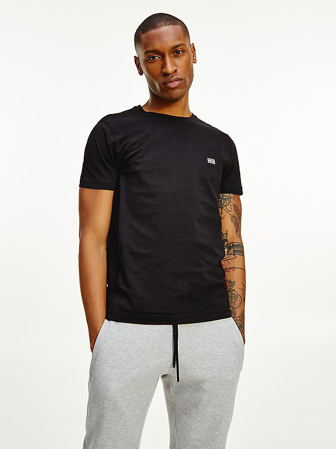 black essential panelled monogram patch t-shirt for men tommy hilfiger