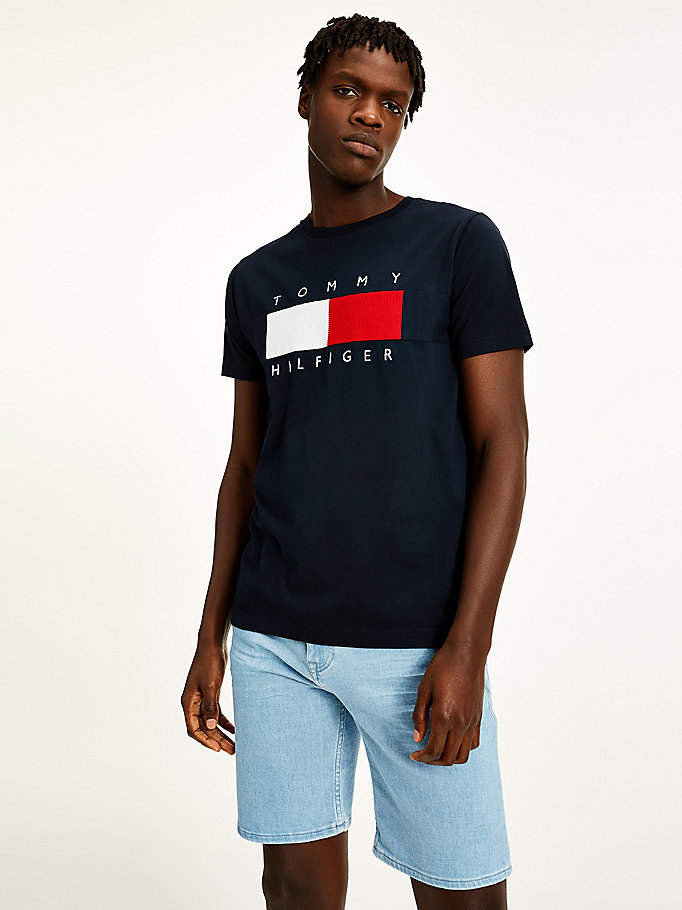 blue textured flag t-shirt for men tommy hilfiger
