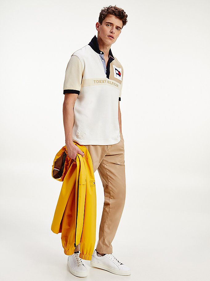 polo colour-block ton sur ton en pur coton beige pour men tommy hilfiger