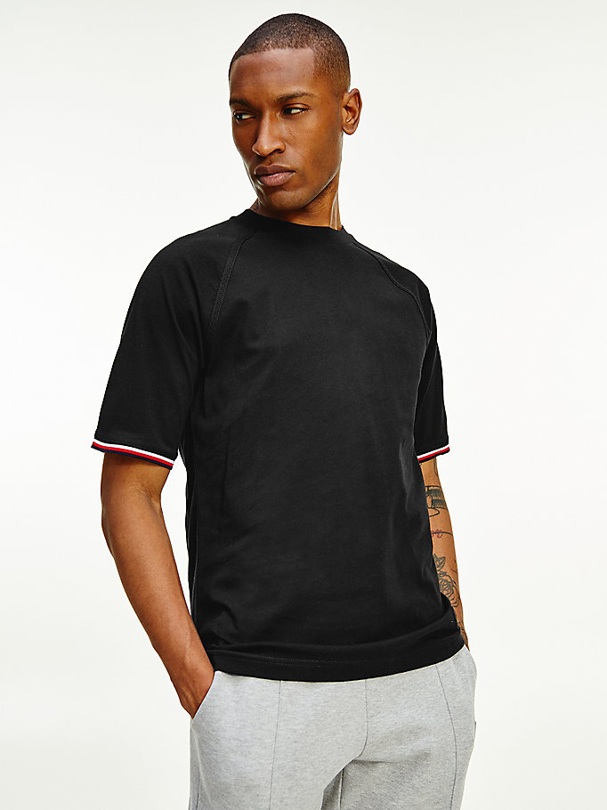 zwart th signature relaxed t-shirt met logo voor heren - tommy hilfiger