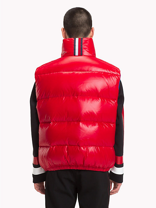 HILFIGER COLLECTION Hoogglans bodywarmer met donsvoering - TOMMY RED - HILFIGER COLLECTION TOMMY NOW HEREN - detail image 1