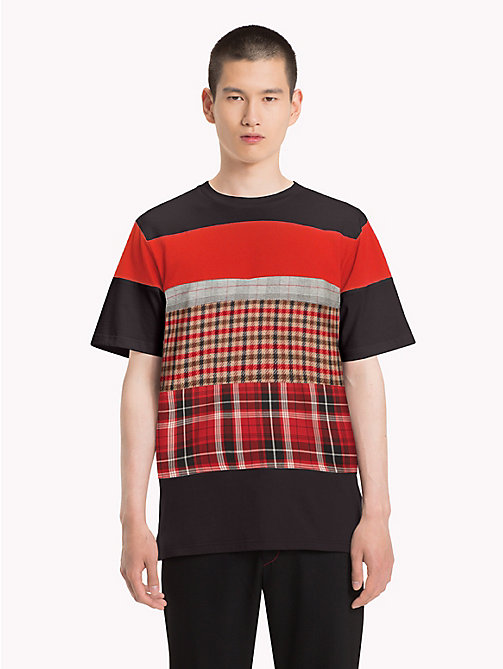 HILFIGER COLLECTION T-shirt girocollo con motivo patchwork - JET BLACK / MULTI - HILFIGER COLLECTION TOMMY NOW UOMO - immagine principale