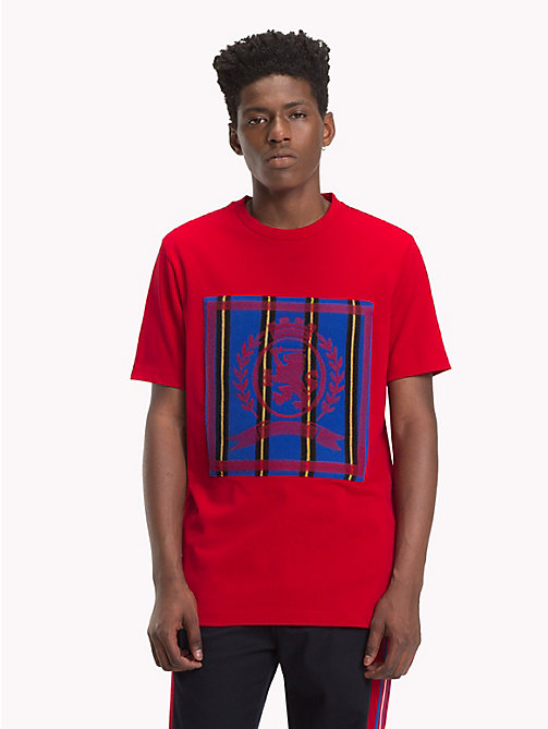 HILFIGER COLLECTION Stripe Crest T-Shirt - BARBADOS CHERRY - HILFIGER COLLECTION TOMMY NOW MEN - main image