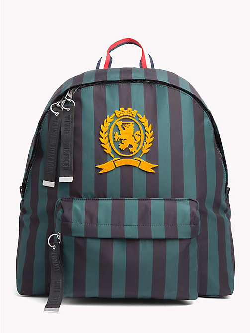 TOMMY HILFIGER Sac à dos rayé à blason - BLACK / GREEN STRIPES - TOMMY HILFIGER Hilfiger Collection - image principale