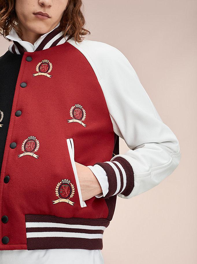 Lederjacke in Blockfarben mit Wappen
