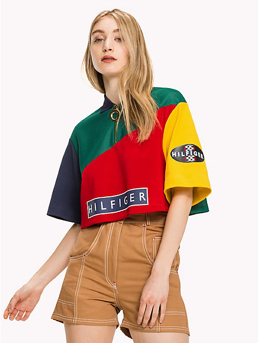 HILFIGER COLLECTION Polo color block de corte cropped - EVERGREEN / MULTI - HILFIGER COLLECTION Hilfiger Collection - imagen principal