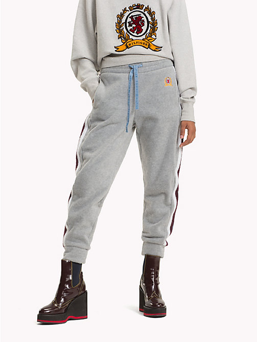 HILFIGER COLLECTION Crest Fleece Drawstring Joggers - LIGHT GREY HEATHER - HILFIGER COLLECTION TOMMY NOW WOMEN - main image