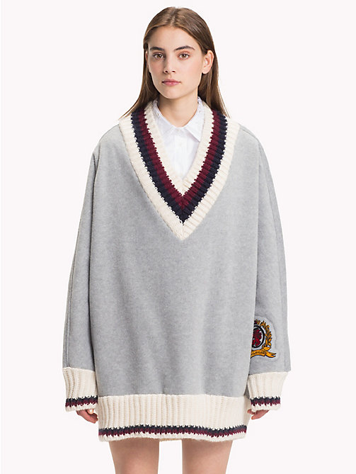 HILFIGER COLLECTION Pull de cricket en molleton - LIGHT GREY HEATHER - HILFIGER COLLECTION TOMMY NOW FEMMES - image principale