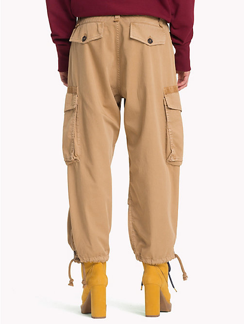 HILFIGER COLLECTION High Rise Cargo Trousers - GOLDEN YELLOW - HILFIGER COLLECTION TOMMY NOW WOMEN - detail image 1