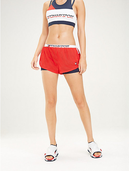 TOMMY SPORT Eng anliegende Shorts mit Mesh-Lage - TRUE RED - TOMMY SPORT Damen - main image