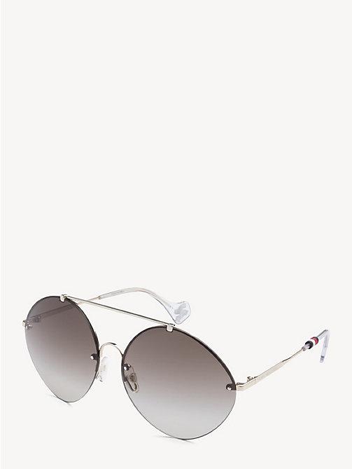 b8376f98ded6 TOMMY HILFIGERZendaya Sunglasses. SEK1
