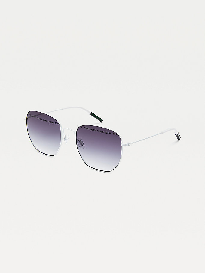 white navigator style sunglasses for unisex tommy jeans