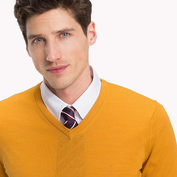 TOMMY HILFIGER V-Neck Wool Jumper - TANNIN HEAHTER - TOMMY HILFIGER Men - detail image 2