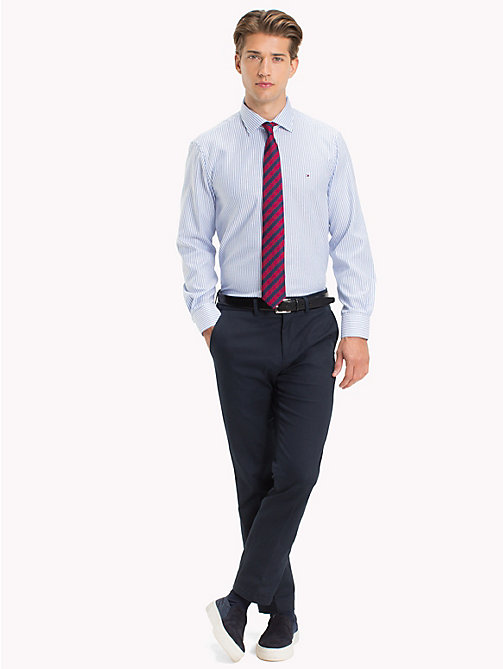 TOMMY HILFIGER Gestreiftes Oxford-Hemd in figurbetonter Passform - 417 -  Businesshemden - main image