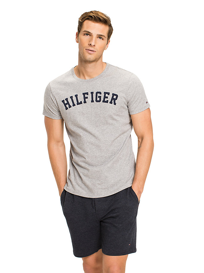 grey tommy hilfiger logo t-shirt for men tommy hilfiger