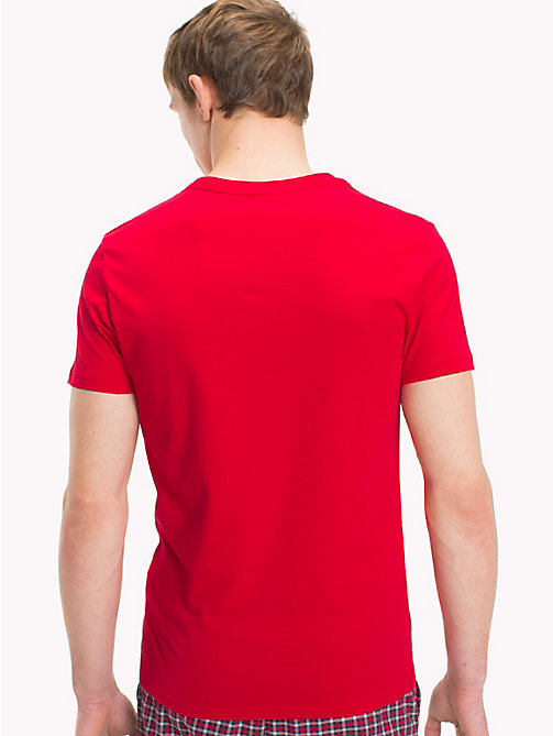 TOMMY HILFIGER T-Shirt mit Tommy Hilfiger-Logo - TANGO RED - TOMMY HILFIGER Sustainable Evolution - main image 1