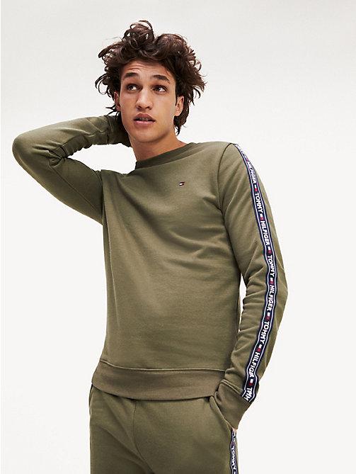07c85ff7258 green sweatshirt met logotape voor heren - tommy hilfiger