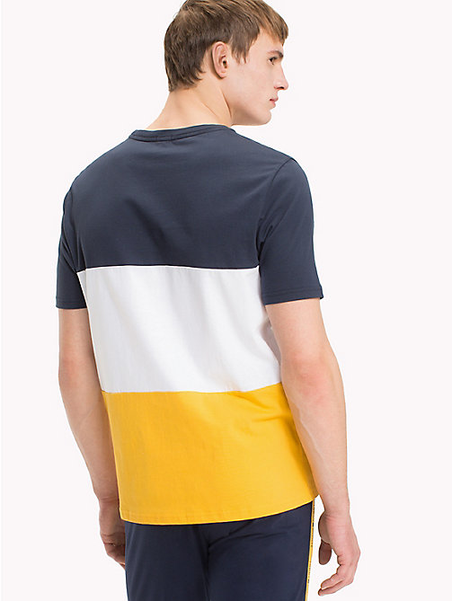TOMMY HILFIGER Gestreiftes T-Shirt in Blockfarben - CITRUS - TOMMY HILFIGER Sustainable Evolution - main image 1