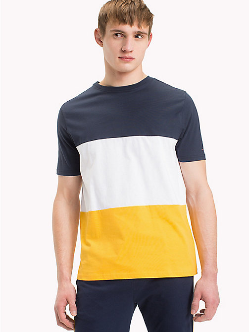 TOMMY HILFIGER Gestreiftes T-Shirt in Blockfarben - CITRUS - TOMMY HILFIGER Sustainable Evolution - main image