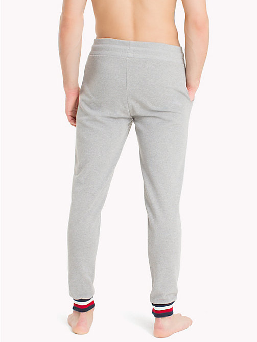 TOMMY HILFIGER Jogginghose mit Tommy-Streifen - GREY HEATHER - TOMMY HILFIGER Sustainable Evolution - main image 1