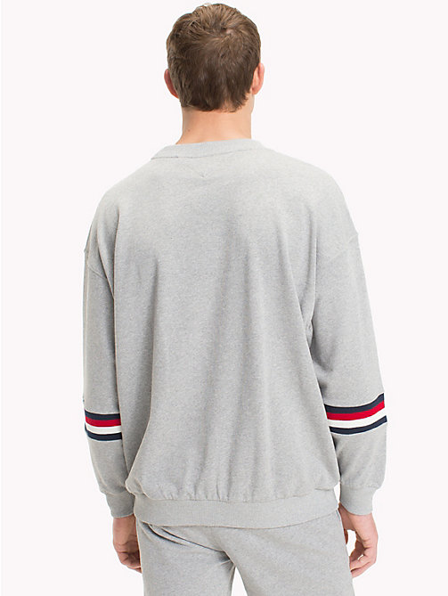 TOMMY HILFIGER Sweatshirt mit Monogramm-Logo - GREY HEATHER -  Sustainable Evolution - main image 1