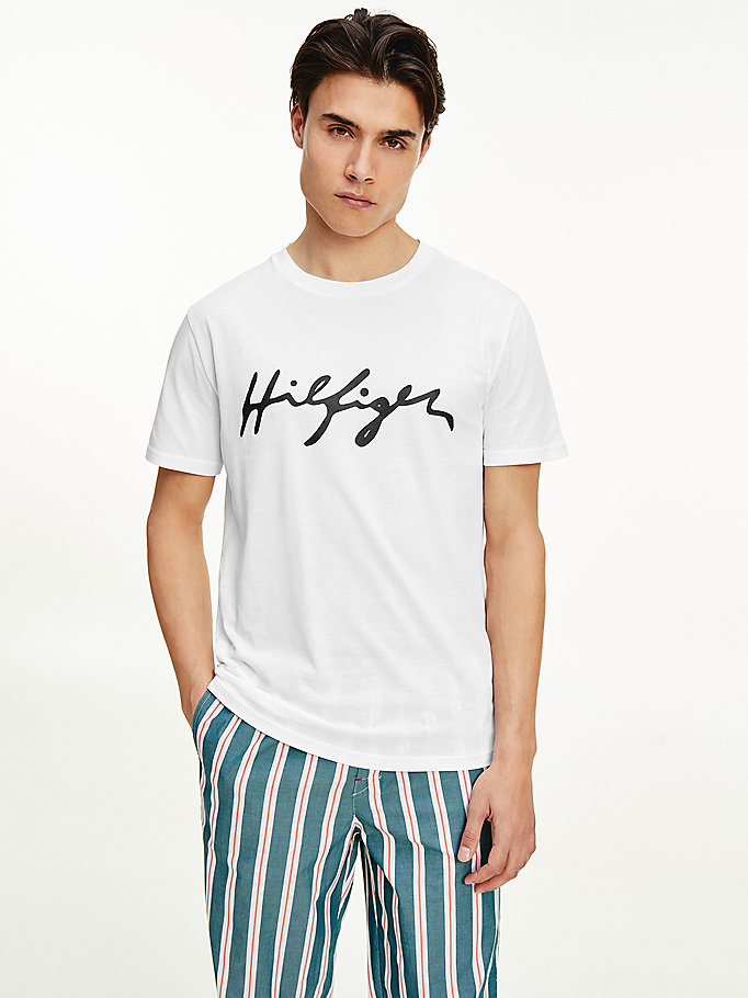 white signature logo organic cotton t-shirt for men tommy hilfiger