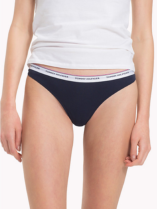 TOMMY HILFIGER Zestaw 3 par thongów z logo - CHILI PEPPER/ATLANTIC DEEP/NAVY -  Figi - detail image 1