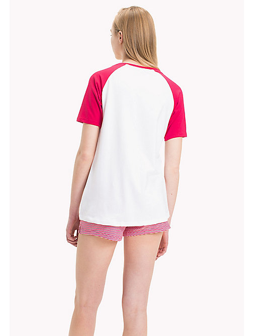TOMMY HILFIGER SHORT SET SS SLOGAN - WHITE/RASPBERRY WINE - TOMMY HILFIGER Donna - dettaglio immagine 1