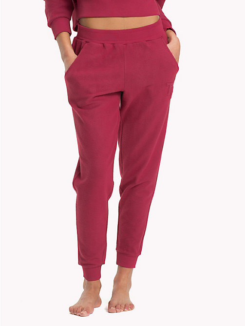 TOMMY HILFIGER Tapered joggingbroek van fleece - EARTH RED - TOMMY HILFIGER Kleding - main image