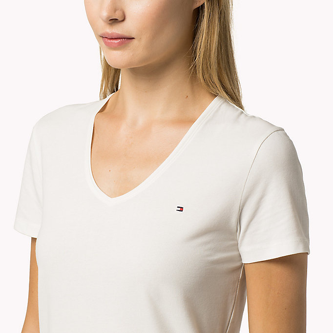 TOMMY HILFIGER Essential V-Neck Organic Cotton Top - HYDRANGEA - TOMMY HILFIGER Clothing - detail image 2
